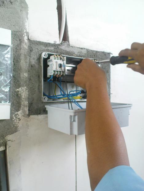 1318171317_244873546_1-gambar-gemparrr-jasa-pasang-instalasi-listrik